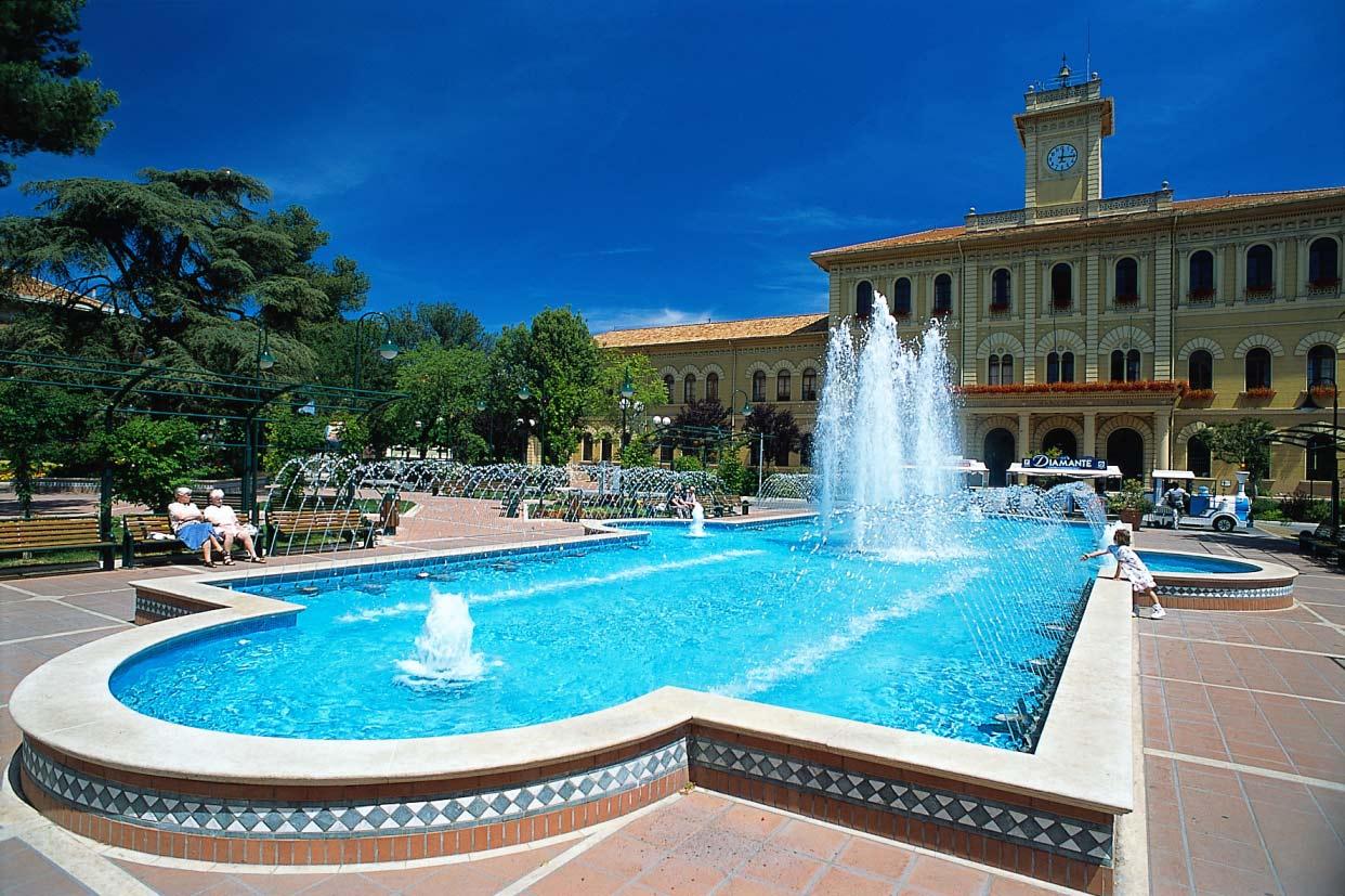 Beautiful Bel Soggiorno Cattolica Gallery - Amazing Design Ideas ...